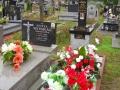Straszęcin -Krzyż Katyński obok grobu Zofii Moskal