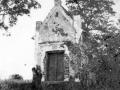 Kapliczka w Głowaczowej - 1945r- fot. A.Saran -6-